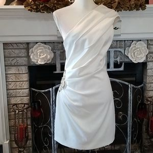 Beautiful Eliza J white one shoulder dress,size 10